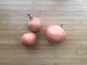 玉ねぎは冷凍保存で調理時間を圧倒的に短縮!アレンジしやすい保存方法と、美味しい玉ねぎの選び方