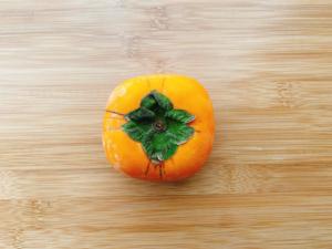 【柿の冷蔵・冷凍保存術】柔らか、シャキシャキ、どっちがお好き?食感をコントロールするコツも